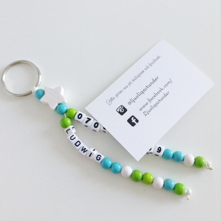 Nyckelring Dubbel med nummer- Himmelsblå /grön