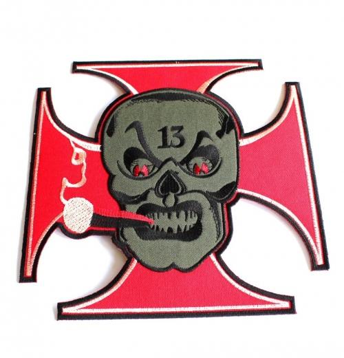 Smoking skull XL