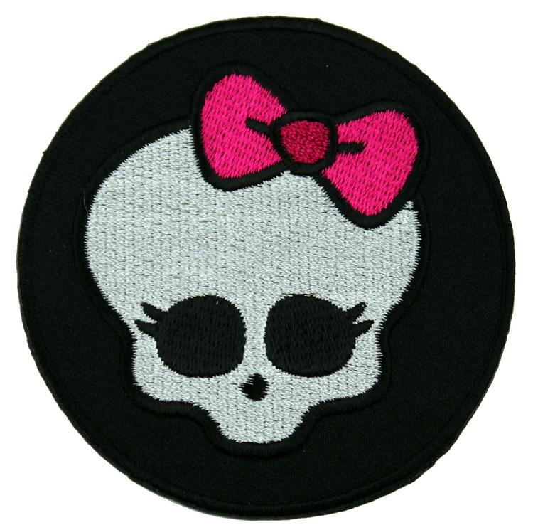 Cute skull