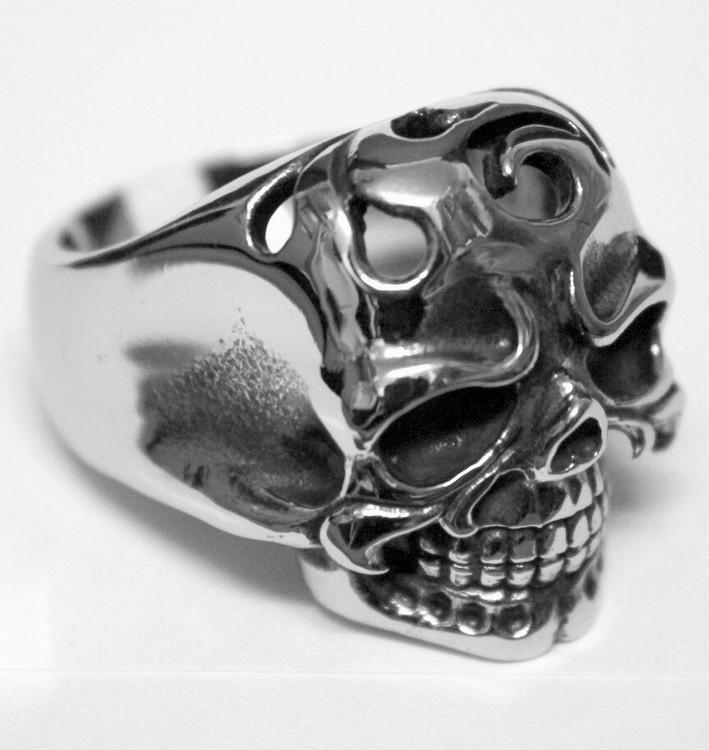 Skull/tribal