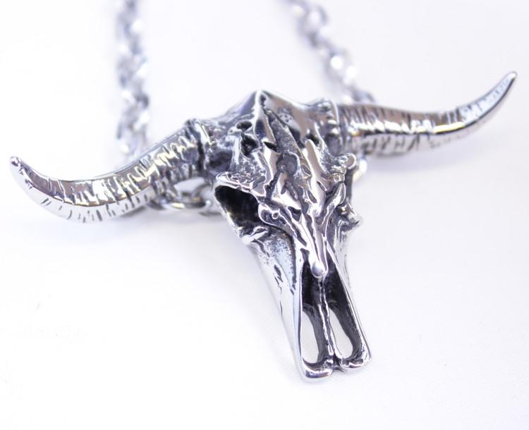 Halsband Cowskull