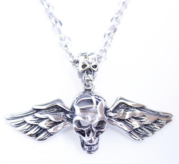 Halsband Skull/wings