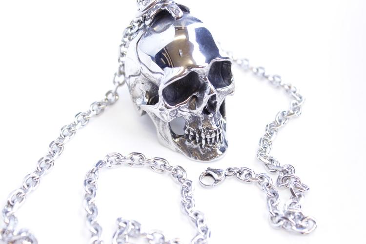 Halsband Big skull