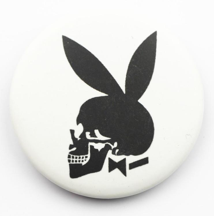 Pin Playboy skull