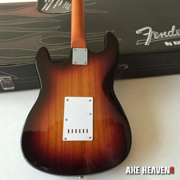 Sunburst Fender™ Strat™ Guitar Tortoise Pickguard Model