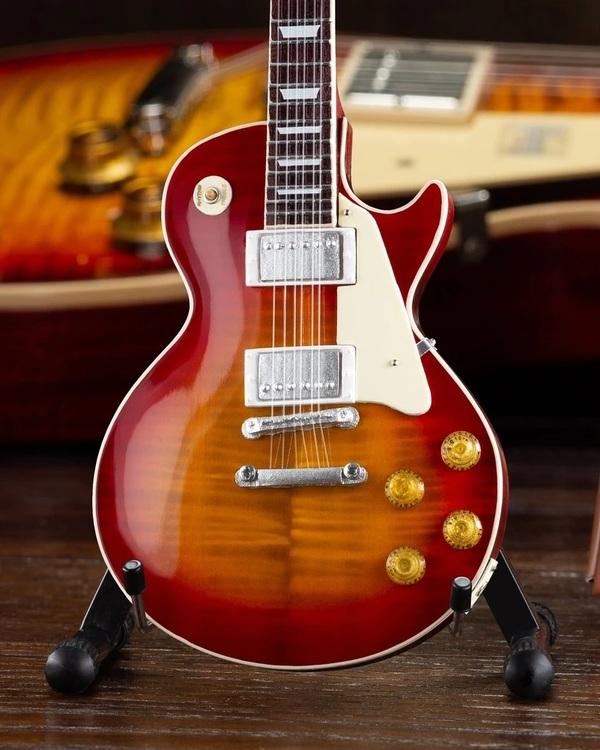 Gibson 1959 Les Paul Standard Cherry Sunburst Mini Guitar Model