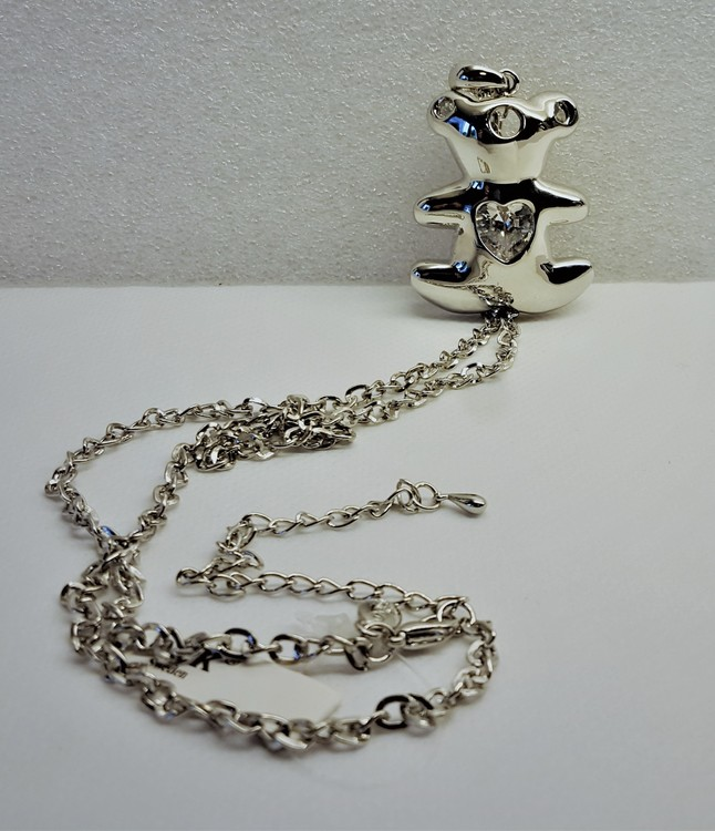 Halsband med Tousbjörn-hänge, Rhodium och sten