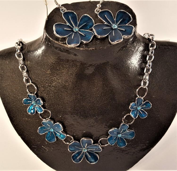 Set med halsband och örhänge i blått