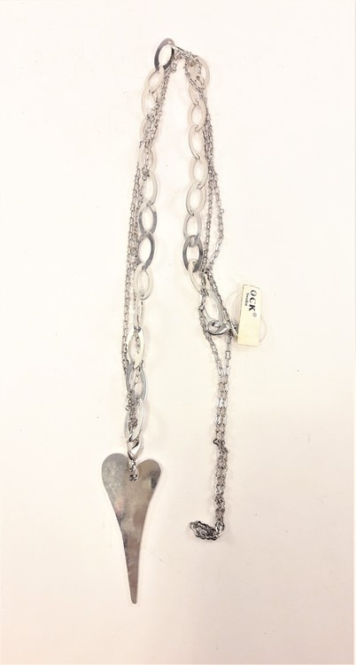 Halskedja med hjärta, ringar och kedja, silverfärgad