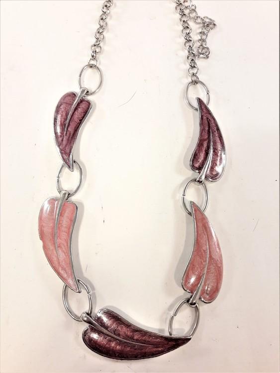 Halsband med löv rosa/lila eller grå/brun