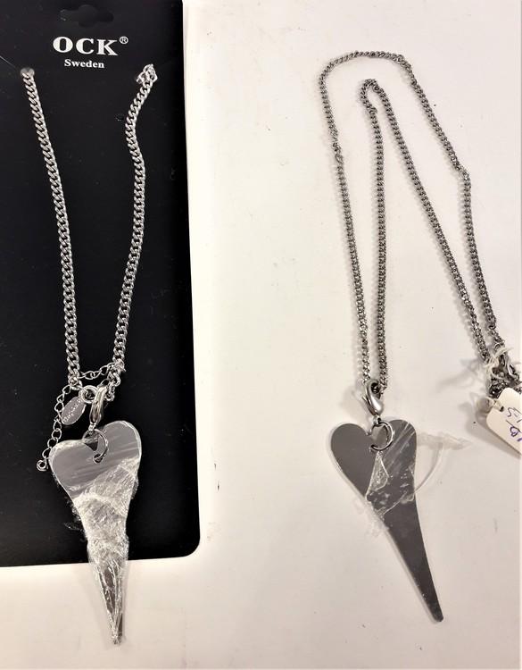 Halsband hjärta i silverfärg 2 varianter