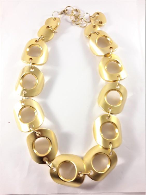 Halsband med Stora Detaljer Guldfärg
