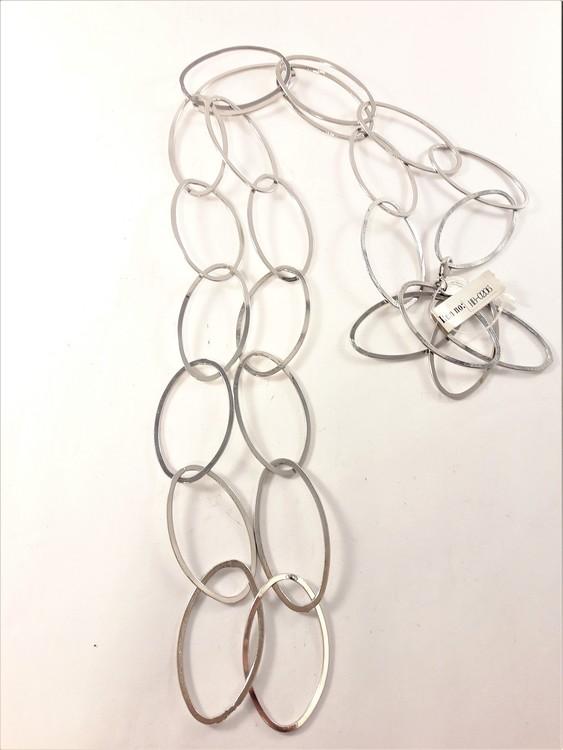 Halsband med stora ovala länkar silverfärg