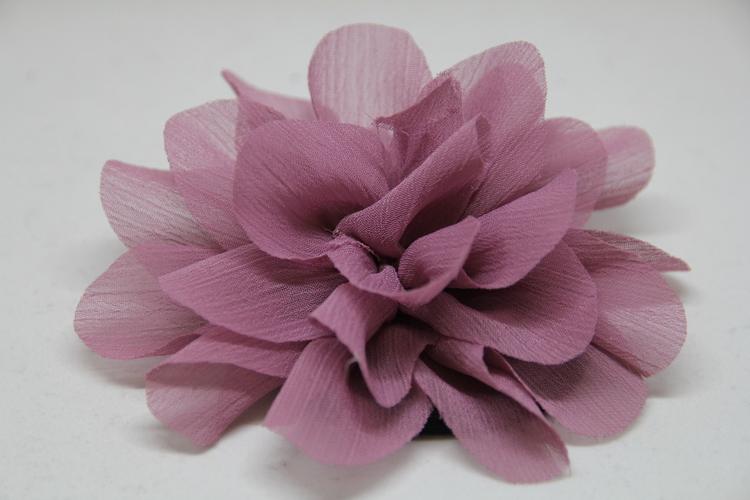 Hårsnodd matt lila färg, med klämma