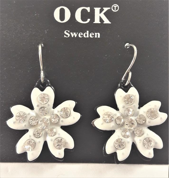 Örhänge med vit blomma och strass