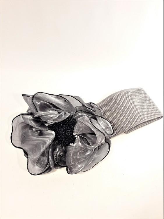Snyggt damskärp med ros för fest eller vardag, grå