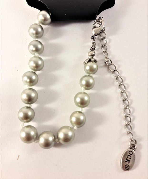 Armband med Silverfärgade Pärlor och Silverfärgad Kedja