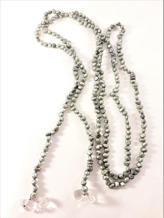 Öppet Halsband med Små Pärlor Olivgrön