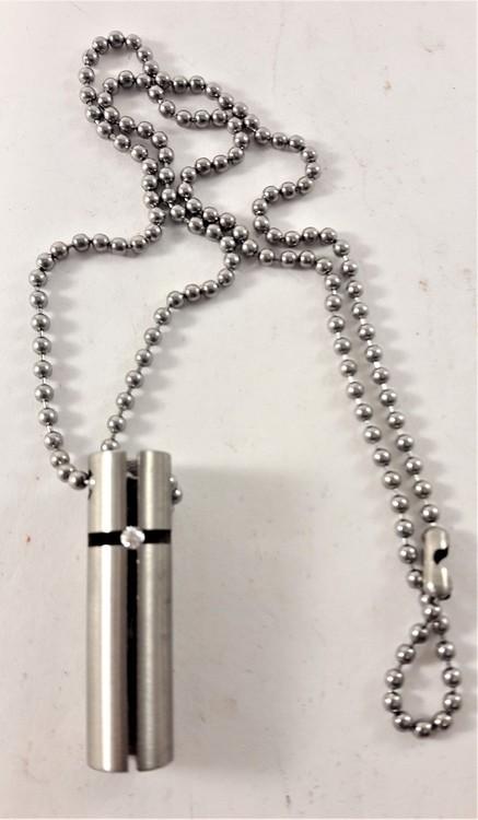 Halsband med Avlångt Hänge Silverfärg