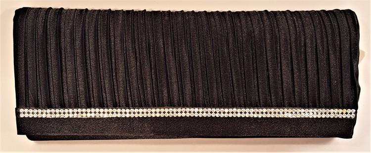 Aftonväska i skimrande tyg med strassdekoration