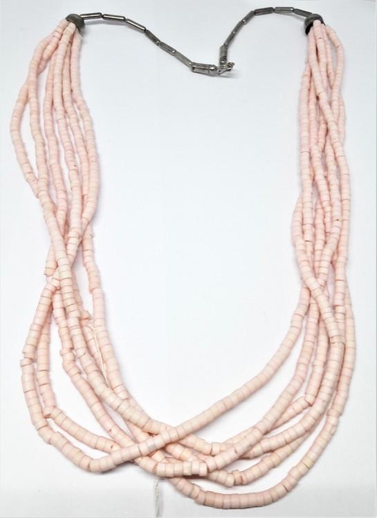 Rosa halsband i metall och ben