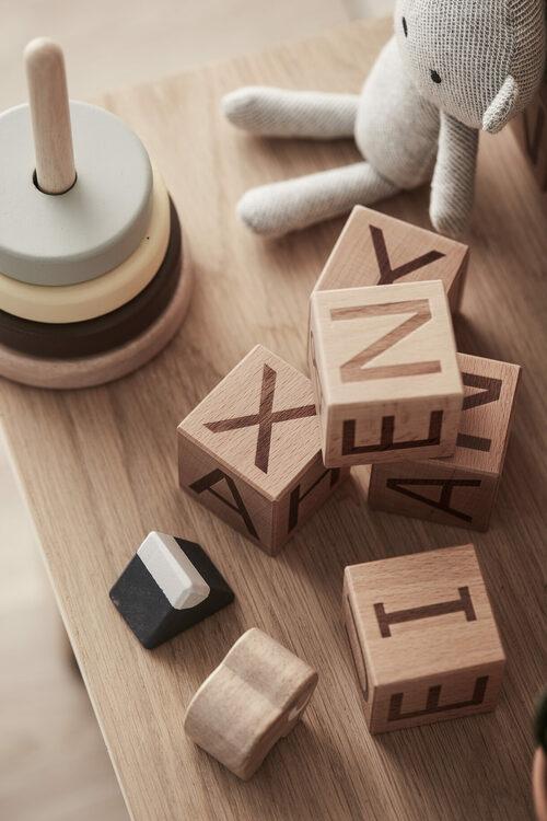 Kid´s Concept Klossar i trä A-Ö