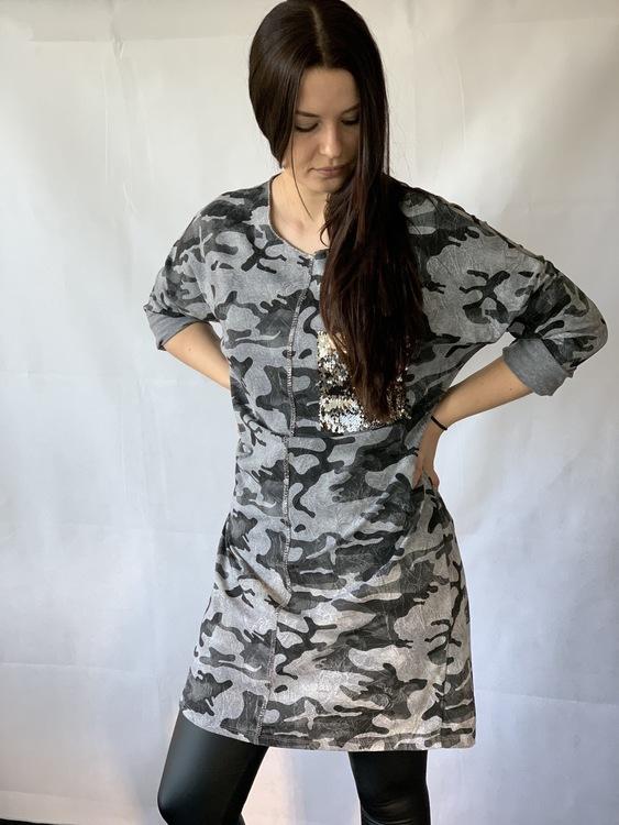 Lång Camo skjorta med glitterficka