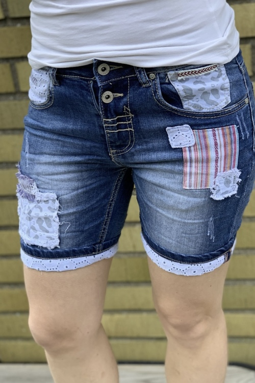 Jeans shorts med lappar