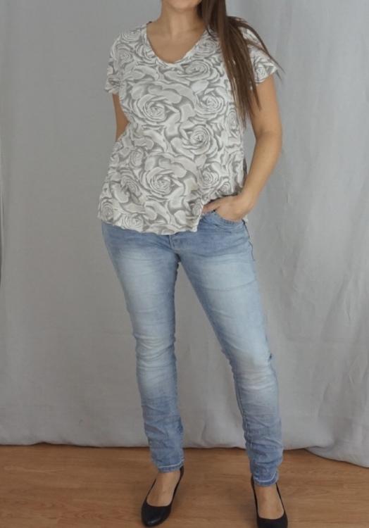 Blommönstrad T-Shirt Beige