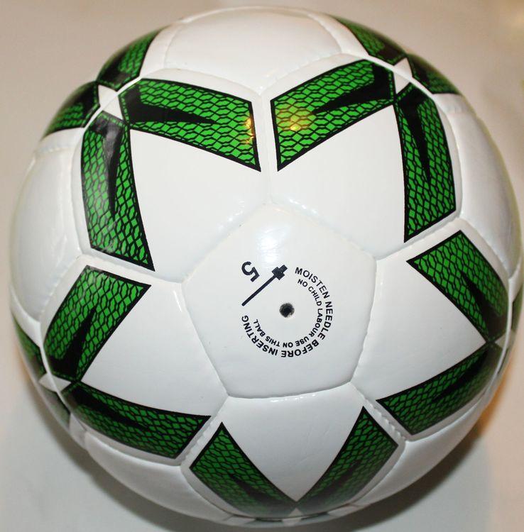 lyx-fotboll-match-kvalitet-pro-series