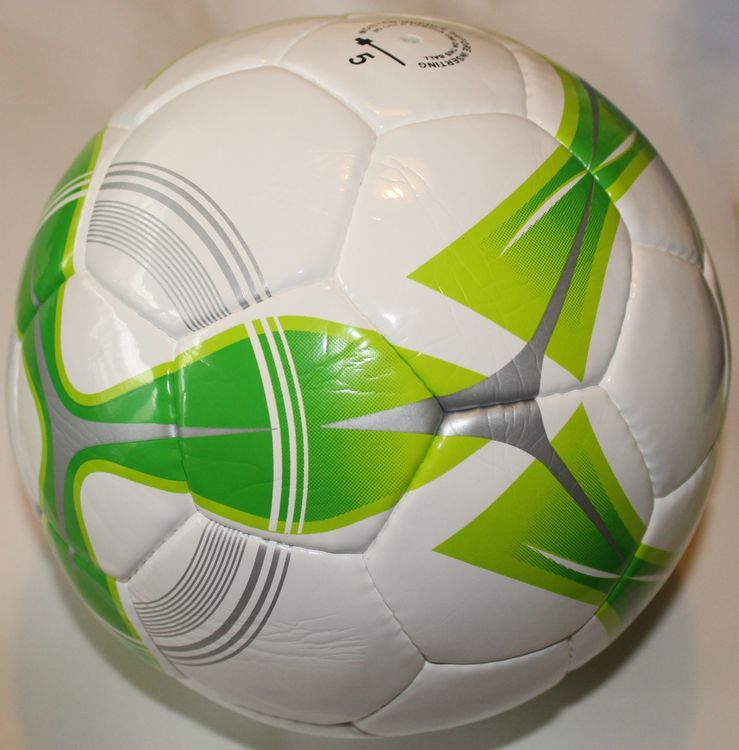 lyx-fotboll-match-kvalitet-splash-pro-series