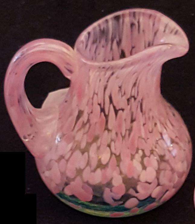 Kanna rosa från Ulrica Hydman Vallien artist collection