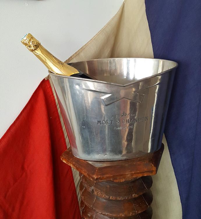 Champagnekylare Moet et Chandon för 3 flaskor vintage