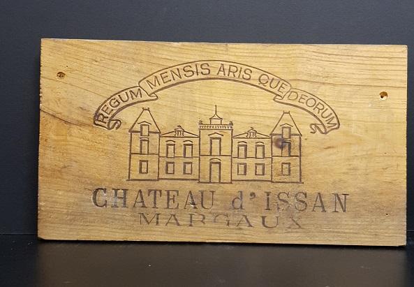 Träskylt från gammal trälåda  d'issan Margaux