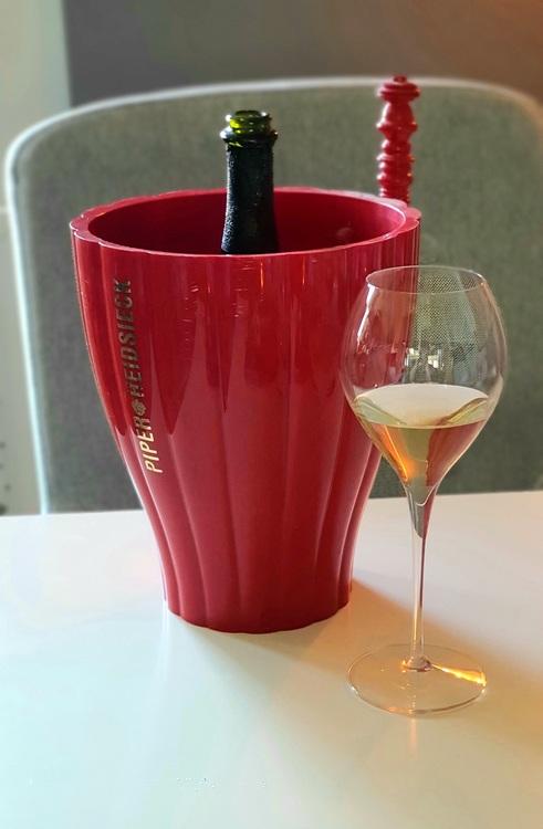 Champagnekylare röd gammal Piper Heidsieck