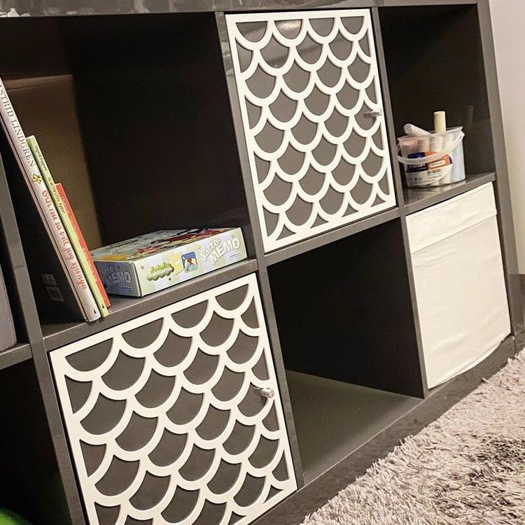 Adele- Möbeldekor till Kallax dörr