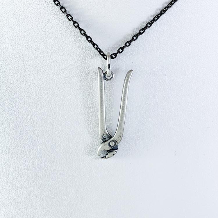 Hänge [PLIERS] i oxiderat 925 silver