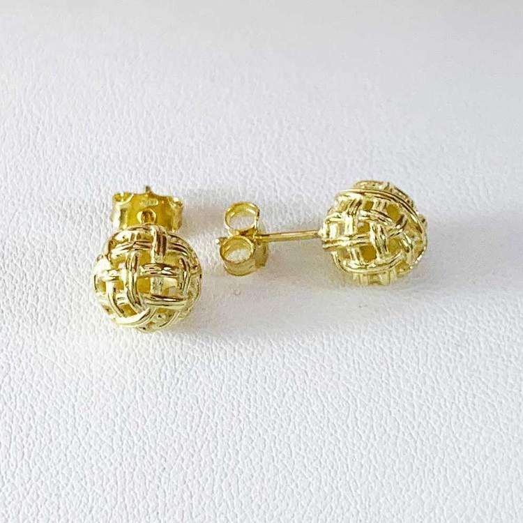 Snygga örhängen i förgyllt silver BALL från Catwalk Jewellery