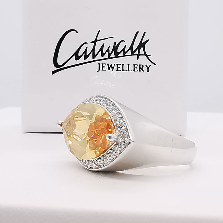 Ring Oval Champagne
