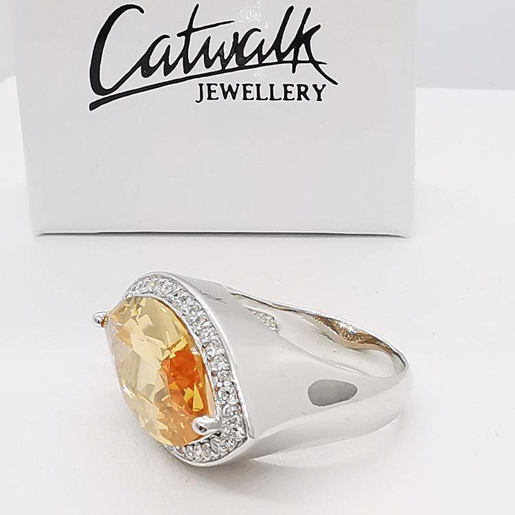 stilren ring CHAMPAGNE i 925 silver med cz-sten från Catwalk Jewellery