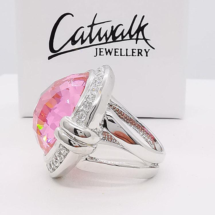 vacker ring i silver med cz-stenar PINK SPARKLING från Catwalk Jewellery