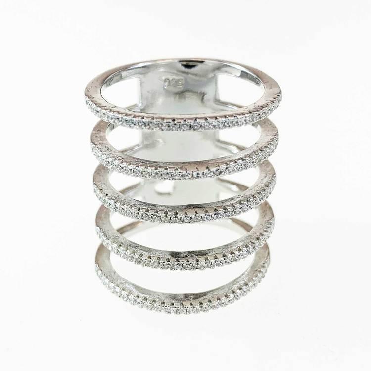 snygg ring i rhodinerat silver med cz-stenar Five Lines från Catwalk Jewellery