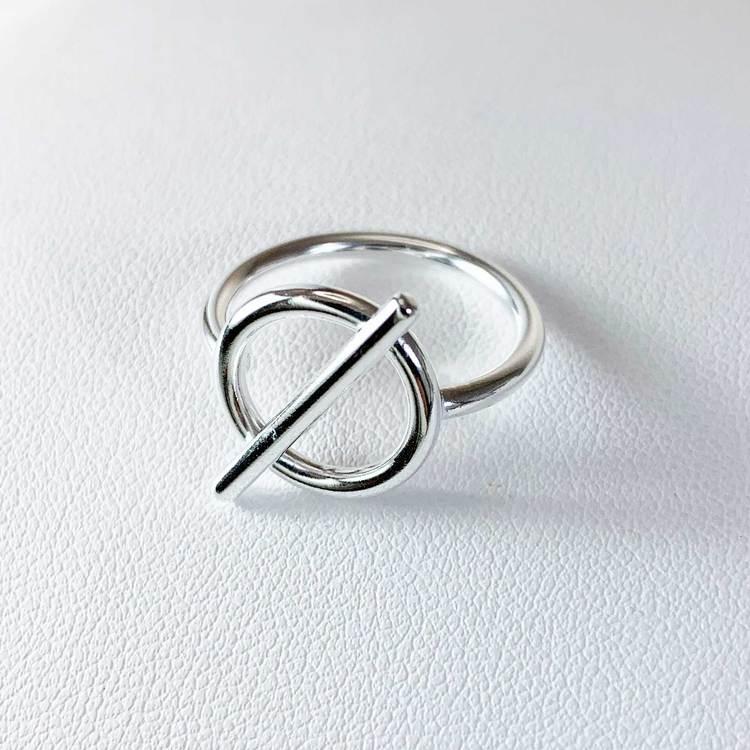 stilren ring i sterlingsilver Alessa från Catwalk Jewellery