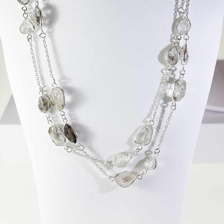 """Halsband med """"Herkimer""""-ädelstenar - 85 cm"""