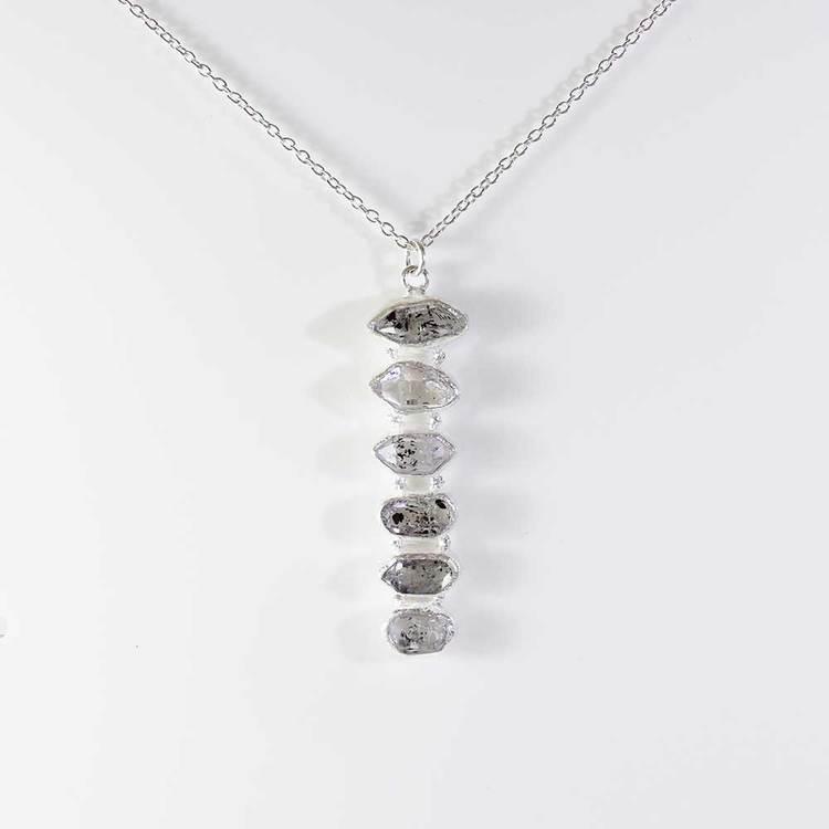 """Halsband med """"Herkimer""""-ädelstenar - 42+5 cm extension"""