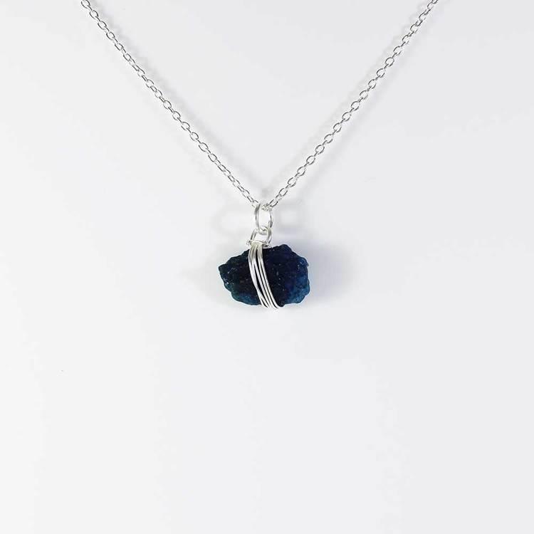 "Halsband med ""Apatite""-ädelsten - 42+5 cm extension"