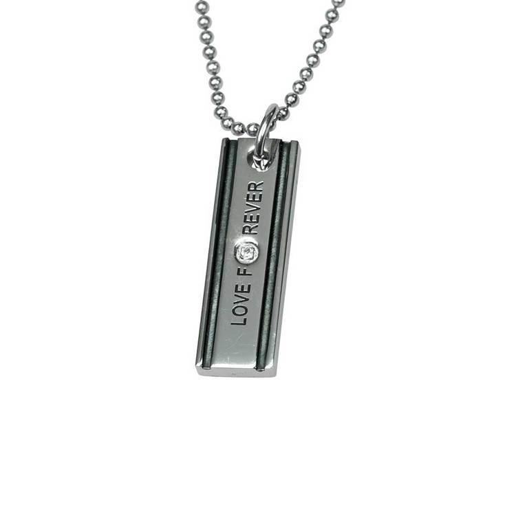 Stålbricka [LOVE FOREVER] med cz-stenar