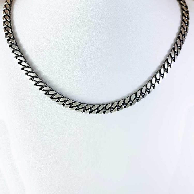 Pansarhalsband - Ovalslipad Oxiderat 925 silver - 5,8 mm