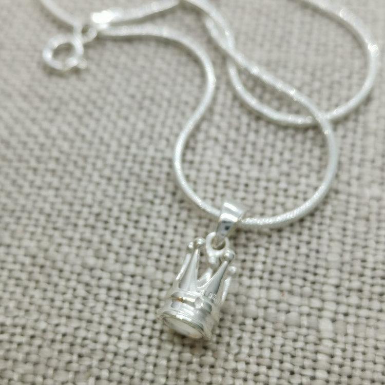 halsband krona i 925 silver från Catwalk Jewellery