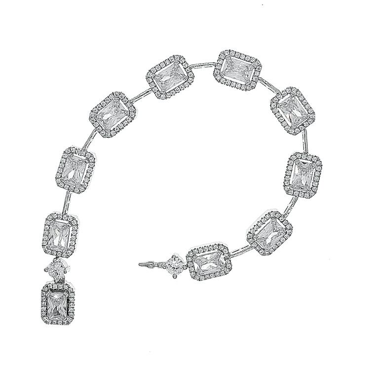 snyggt armband i silver med stenar från Catwalk Jewellery